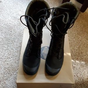 Palladium pampa tactical boot